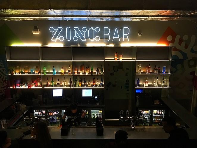 zinc-bar-clink