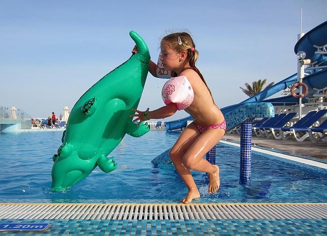 zwembad-vakantie-kinderen