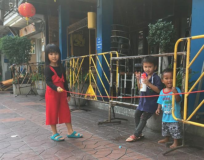Kinderen-in-Bangkok