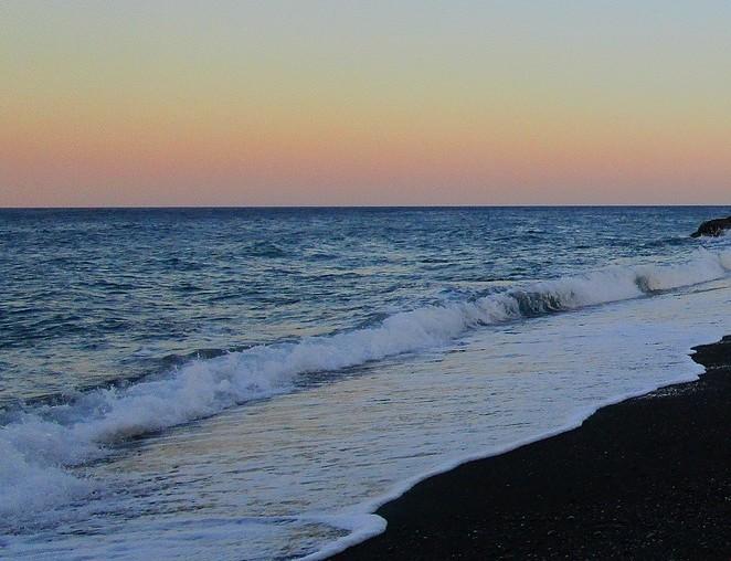 Mooi-strand-santorini