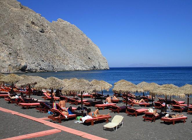 Perissa-beach
