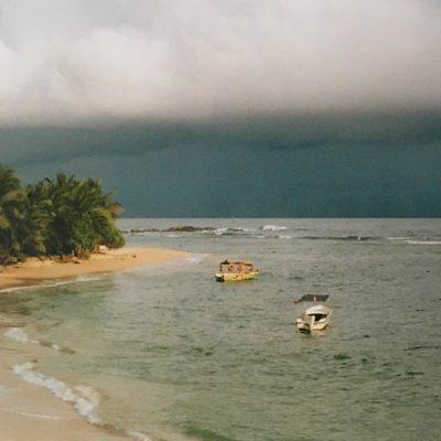Het zuiden van Sri Lanka in het regenseizoen