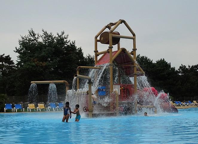zwembad-sunny-beach-slagharen