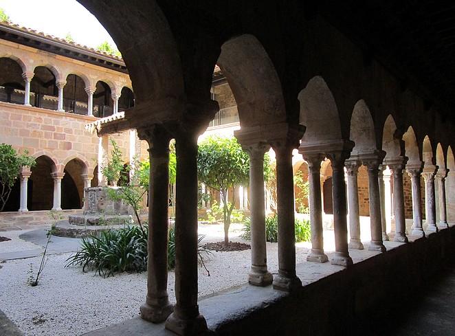 klooster-bezienswaardigheid-frejus