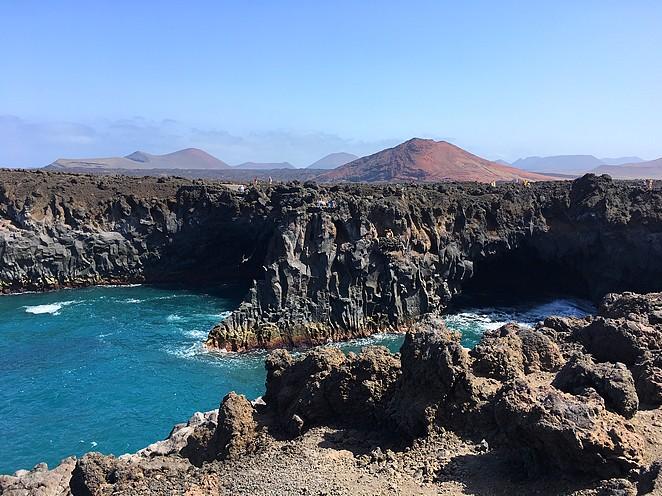 Los-Hervideros-bezienswaardigheid-Lanzarote