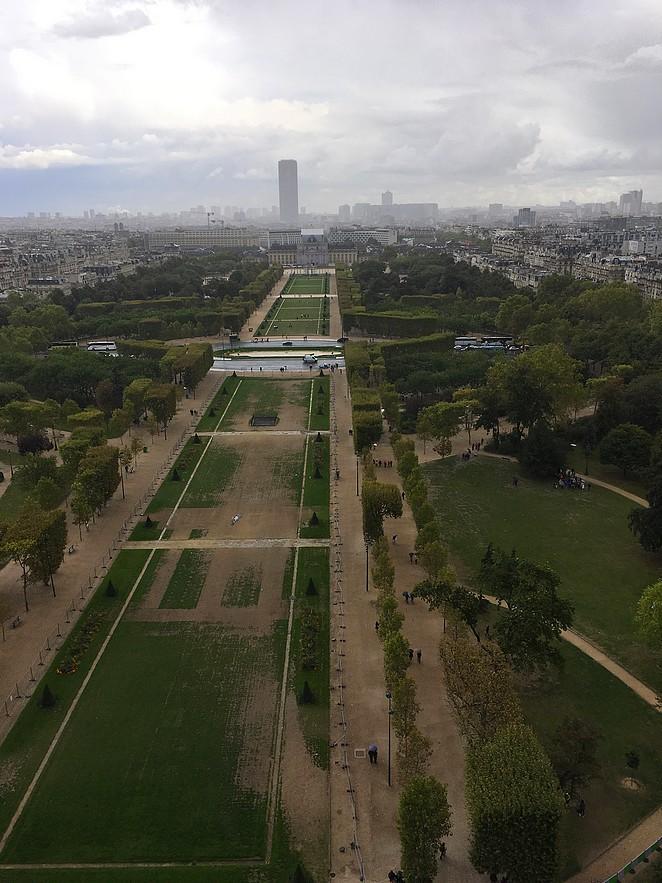 Champs-de-mars-eiffeltoren