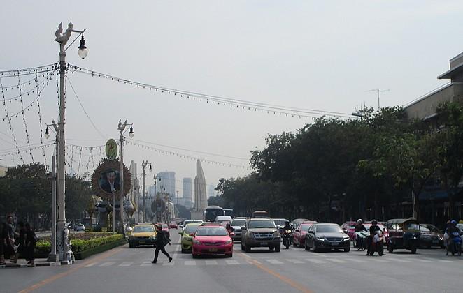 drukke-straat-bangkok