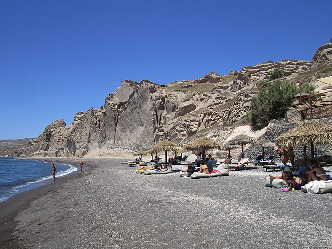 beach-theros-wave-bar-santorini