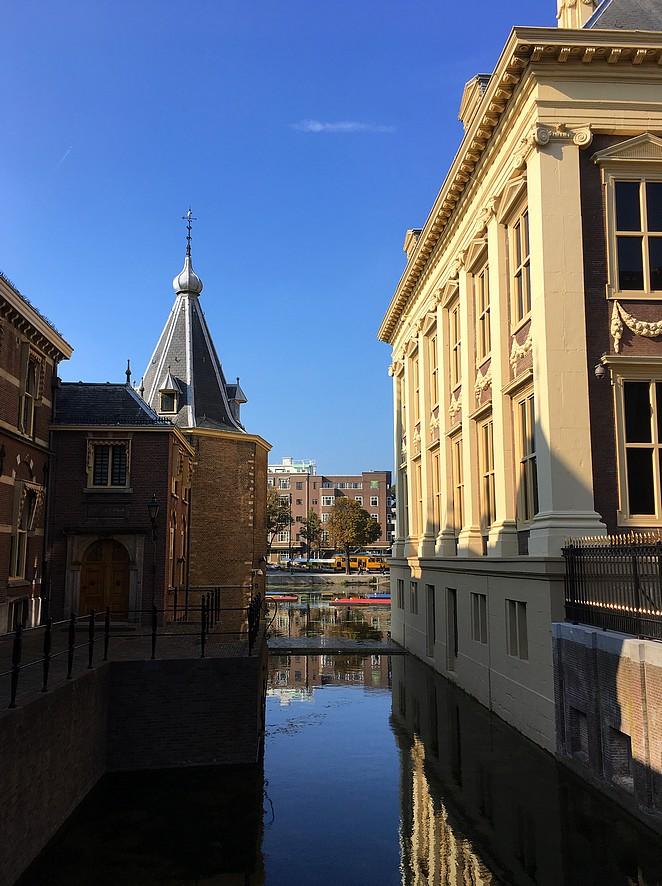 tour-door-den-haag