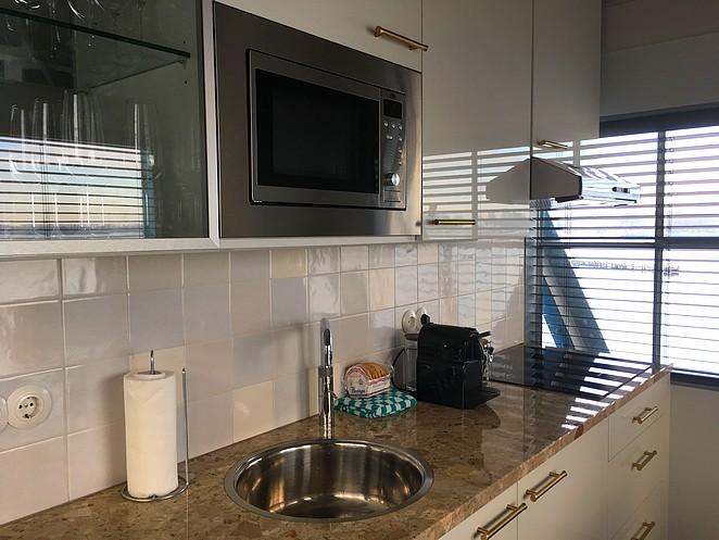 kitchen-yays-crane