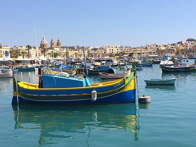 kleurrijke-vissersbootjes