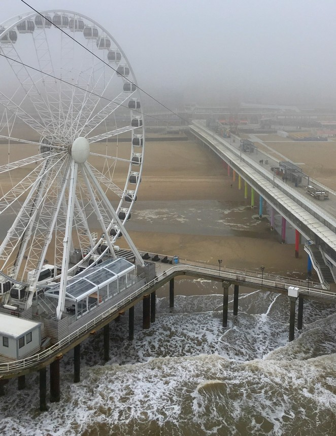 pier-scheveningen-winter