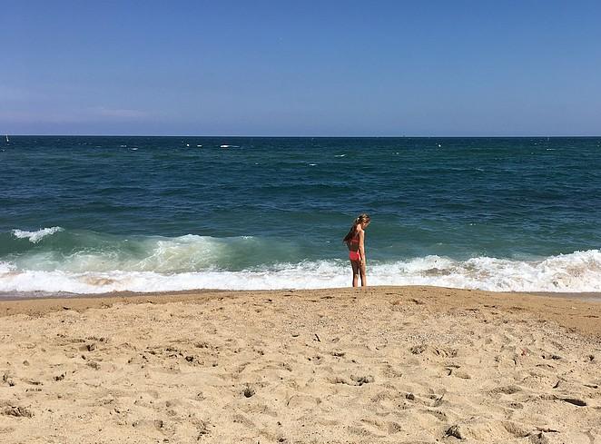 strand-barcelona-met-kinderen