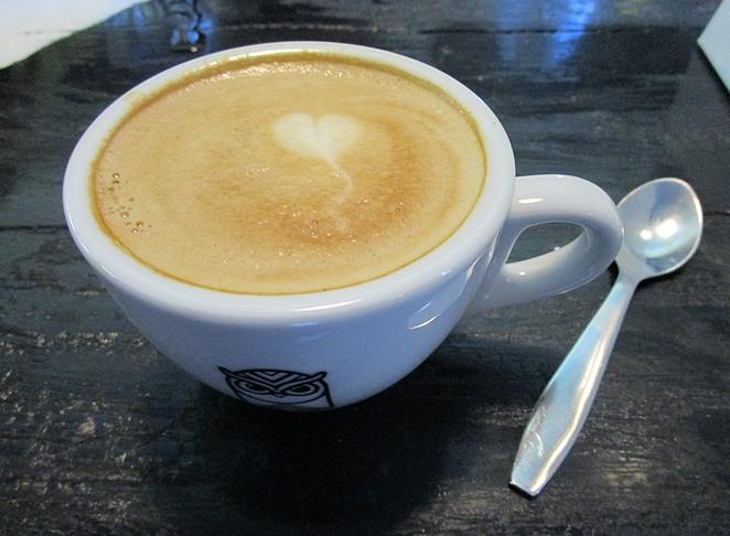 cappuccino-lola-bikes-coffee