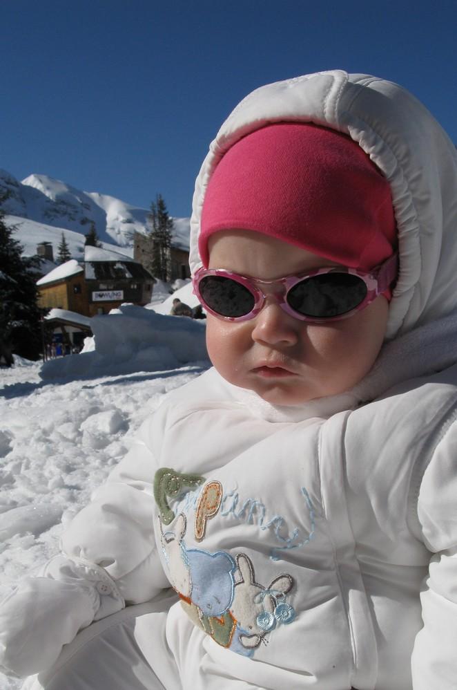 wintersport-met-baby-kleding