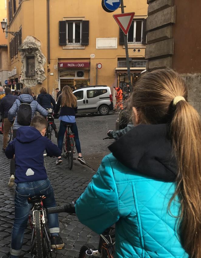 fietsen-met-kinderen-in-rome