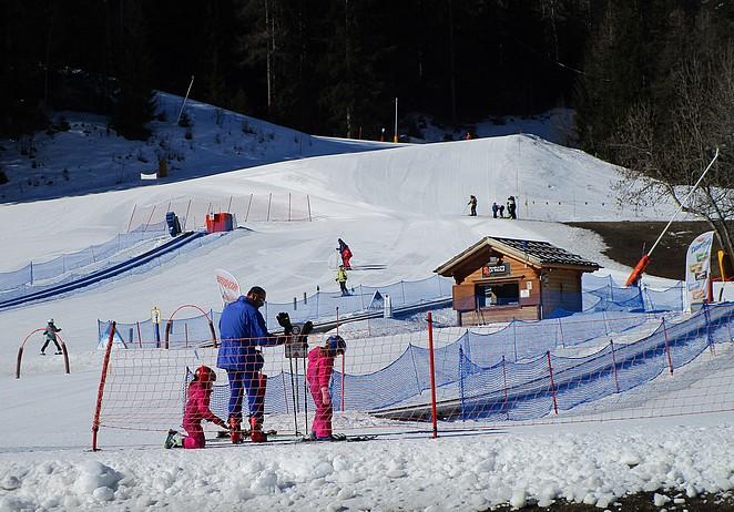 kinderen-skiweide-lathuile