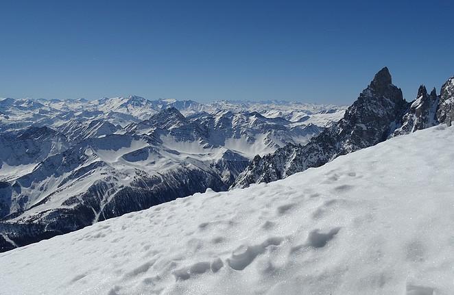 skiën-op-het-dak-van-europa