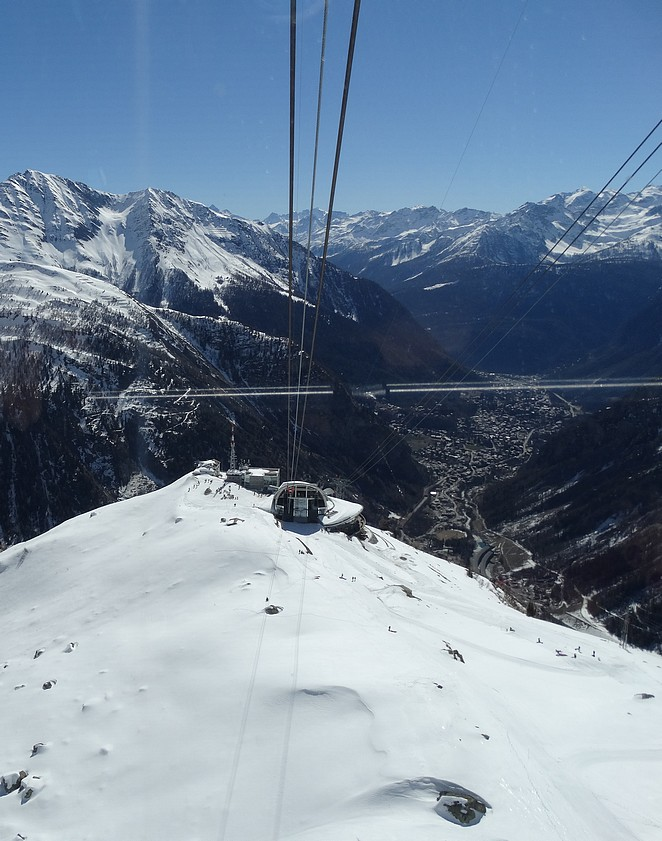 skien-mont-blanc-courmayeur
