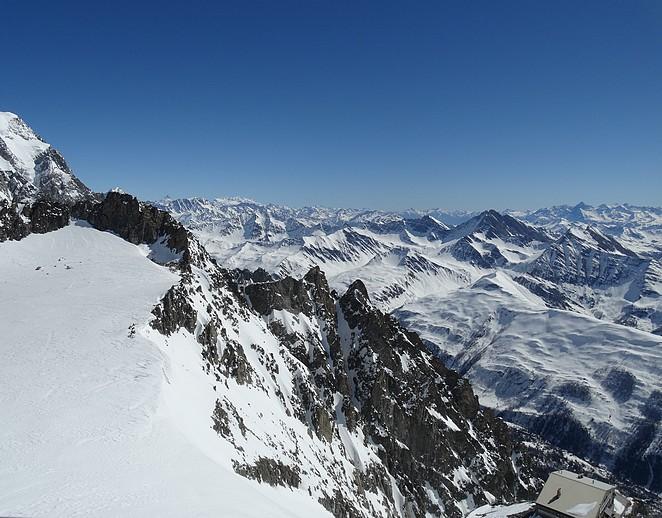 uitzicht-matterhorn-vanaf-mont-blanc