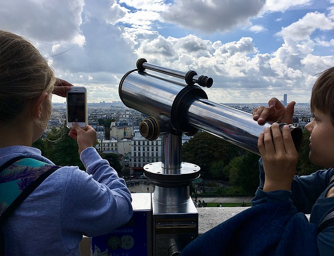 viewpoint-square-louise-michel
