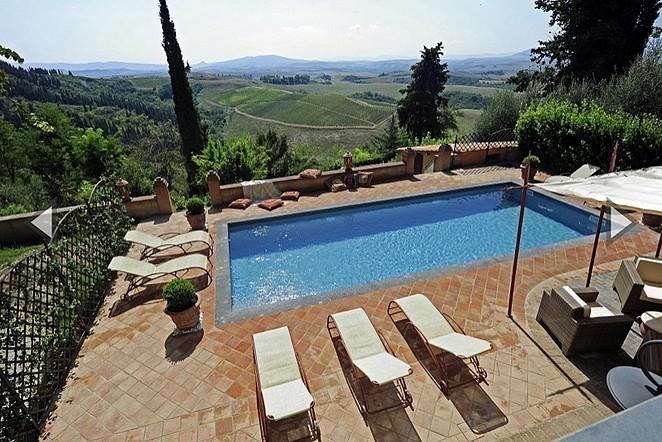 villa-met-mooi-uitzicht-toscane