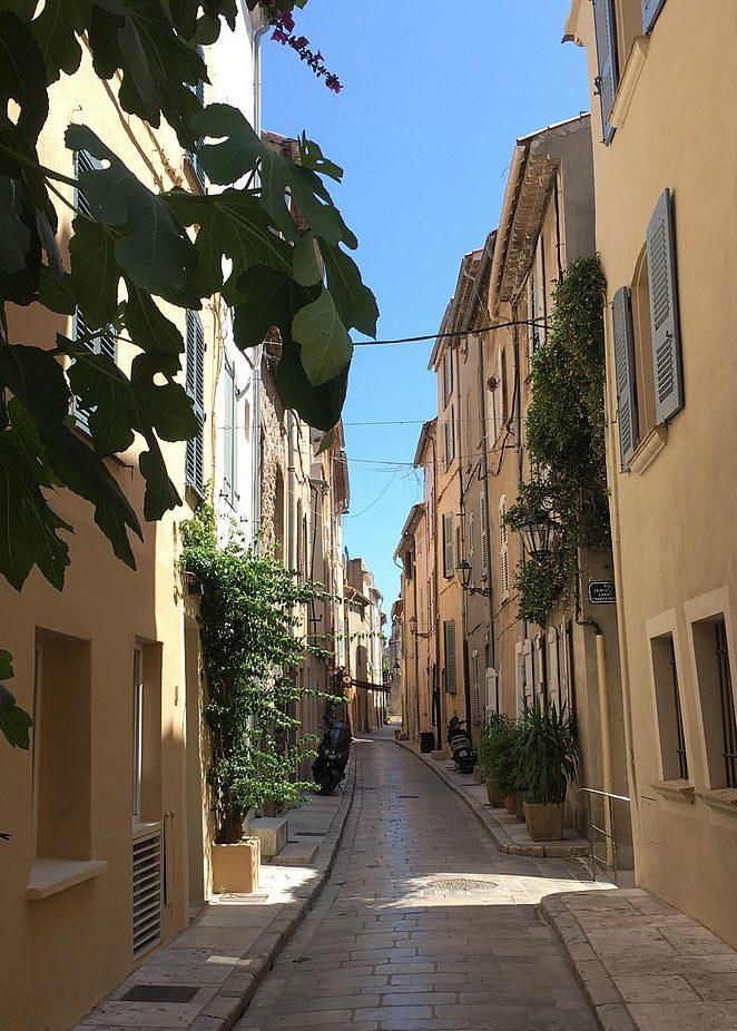 rustig-straatje-saint-tropez