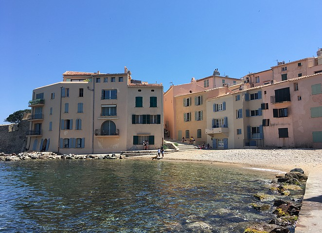 zien-in-saint-tropez