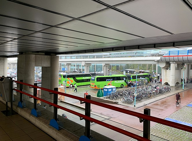 bussen-amsterdam-sloterdijk