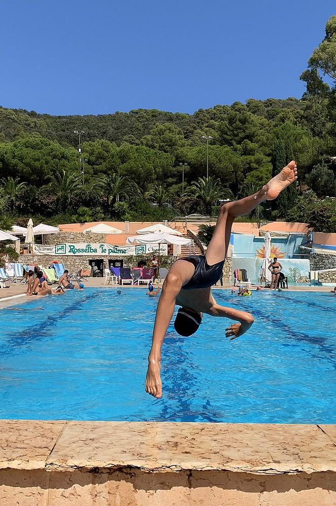 elba-met-kinderen-zwembad