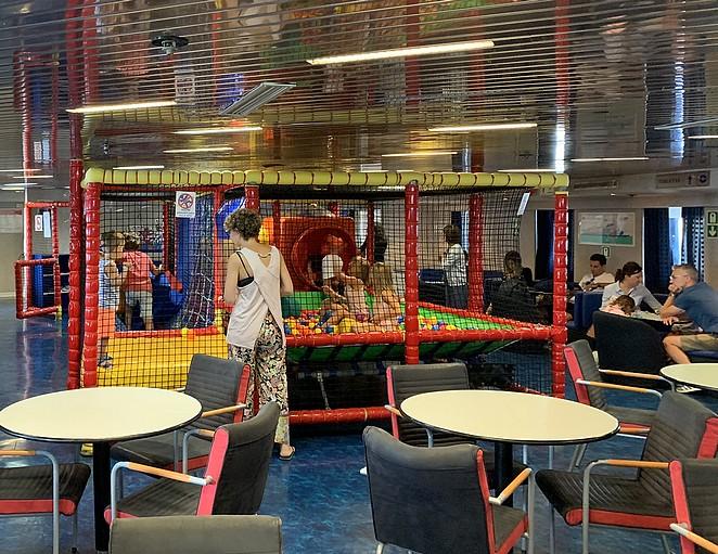 indoor-speeltuin-elba-boot