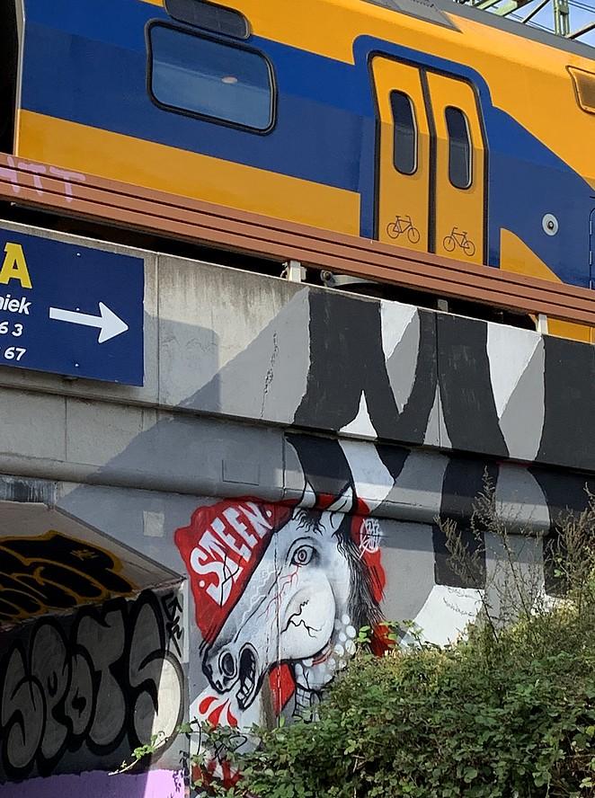 street-art-den-haag-centraal