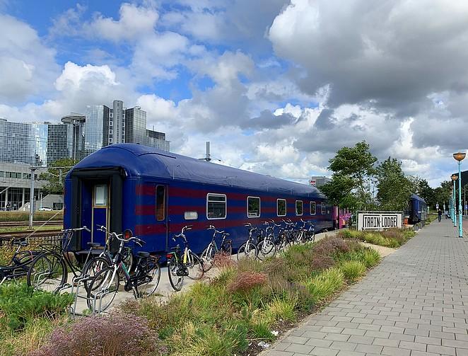 trein-hostel-amsterdam