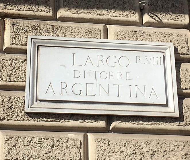 largo-di-torre-argentina-roma
