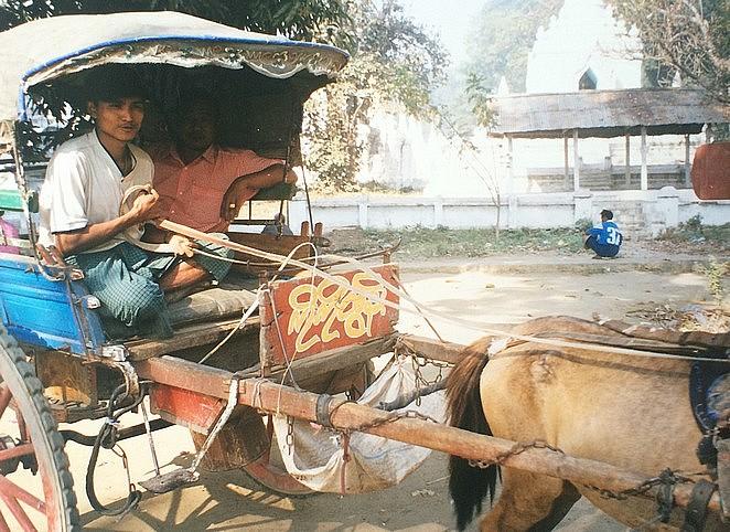 lokaal-vervoer-myanmar