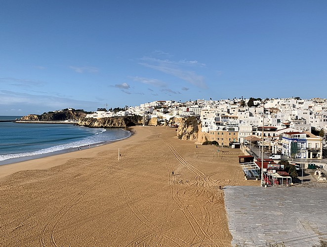 albufeira-in-november