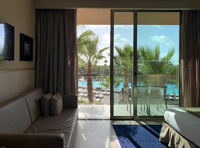 vidamar-hotel-room