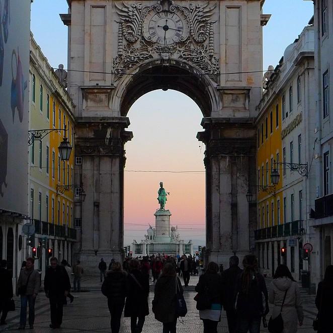 Sfeervol Lissabon in februari: Baixa ontwaakt