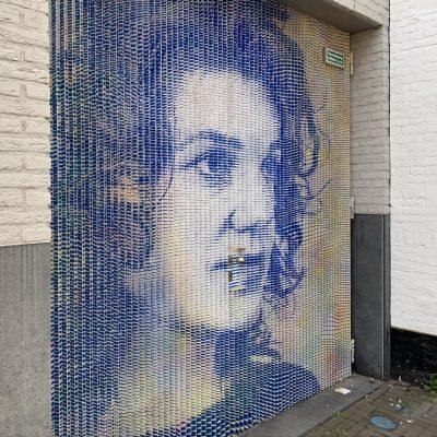 Beschermvrouw Sophia in de Bagijnestraat: knap staaltje street art in Haagse binnenstad