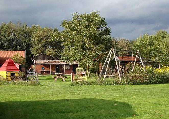 vakantiehuisje-met-grote-tuin