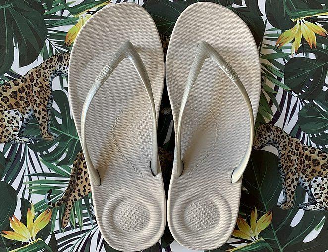 trendy-slippers