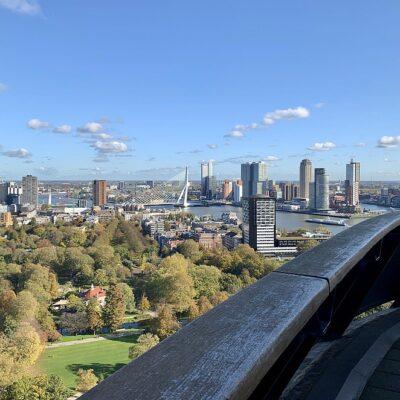 De Euromast in Rotterdam: de hoogste uitkijktoren van Nederland (met restaurant!)