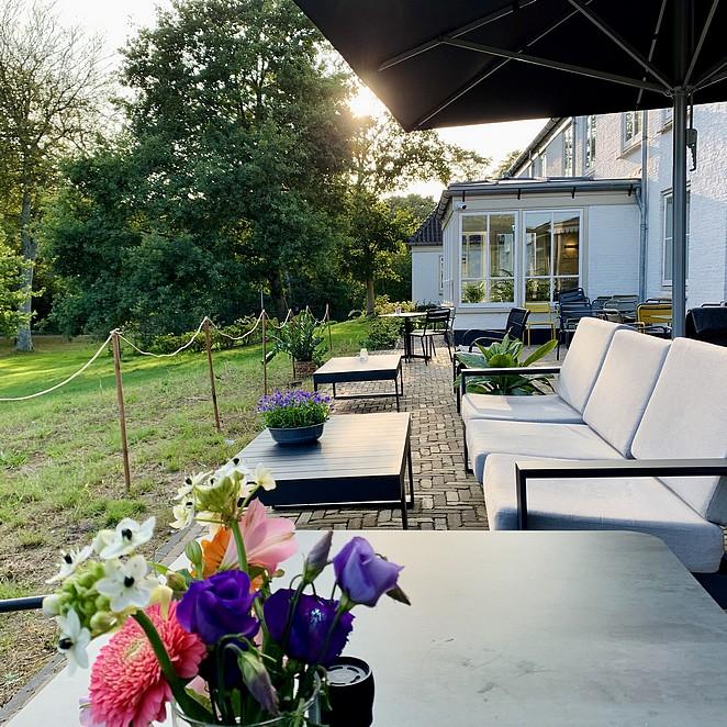21x restaurant met tuin in Den Haag: idyllisch lunch plekje, terras tussen het groen of 'buiten restaurant'