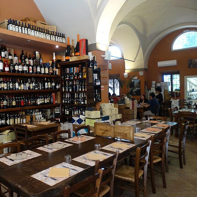Bekende restaurants in Bolgheri: leuke adresjes in Bolgheri voor lunch, diner of wijn!