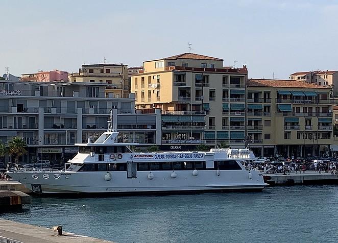 boot-naar-capraia