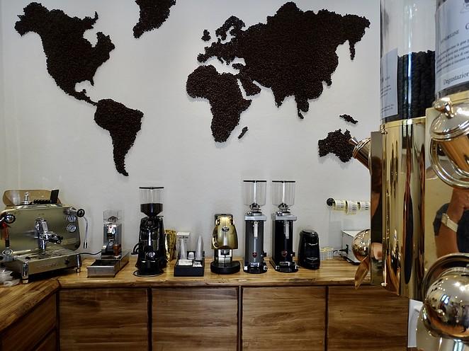 caffe-king-bolgheri