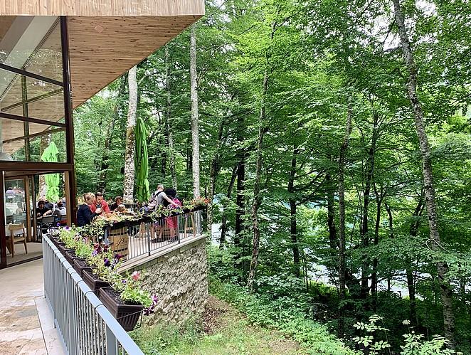 restaurant-biogradsko-jezero
