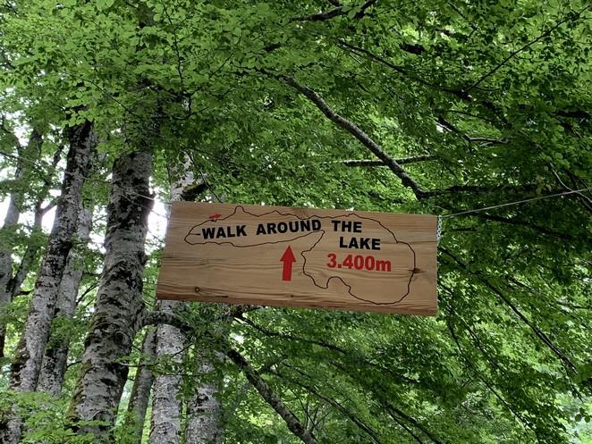 walk-around-lake-biograd