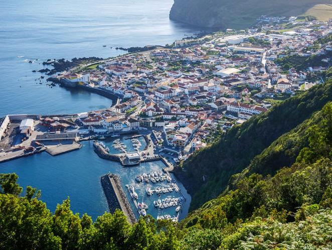 Azoren-Sao-Jorge-Velas-foto-voja
