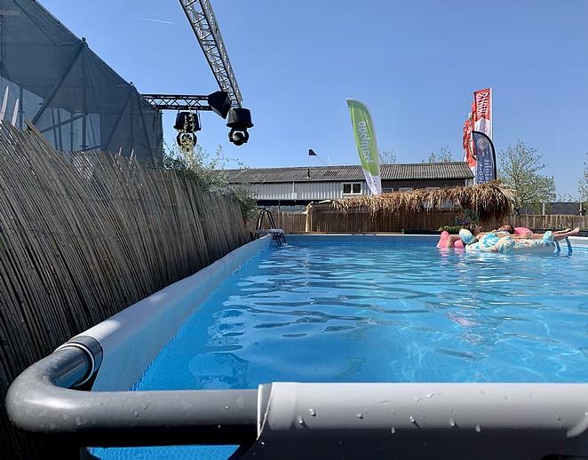 groot-opzetzwembad